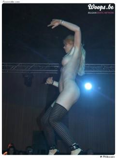 Erotisme Bruxelles Pyramides 2001 (2/4)