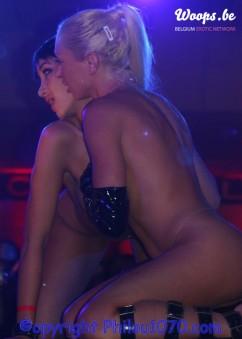 Erotisme Bruxelles Pyramides 2004 (8/21)