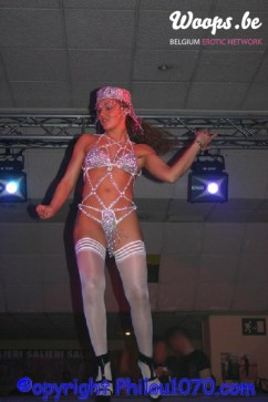 Erotisme Bruxelles Pyramides 2004 (1/11)