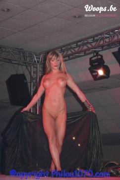 Erotisme Bruxelles Pyramides 2004 (1/14)