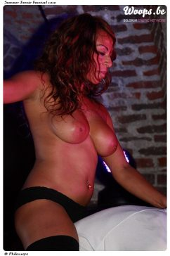 Erotisme Bruxelles Cureghem 2010 (16/23)