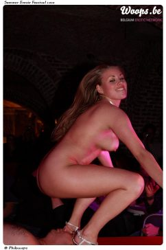 Erotisme Bruxelles Cureghem 2010 (35/72)