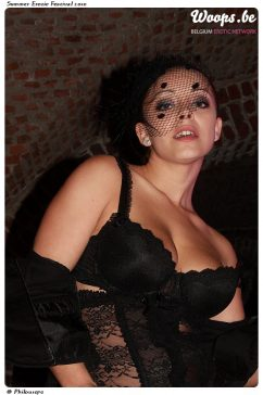 Erotisme Bruxelles Cureghem 2010 (16/32)