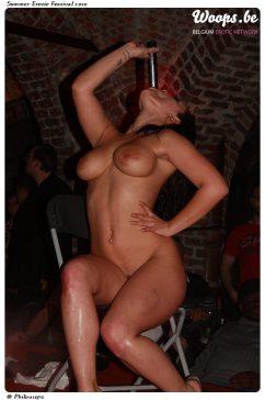 Erotisme Bruxelles Cureghem 2010 (2/32)