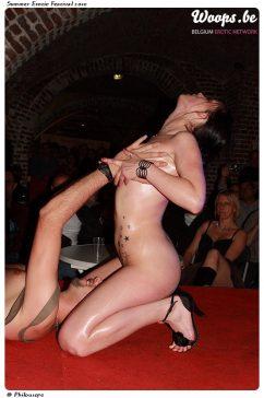 Erotisme Bruxelles Cureghem 2010 (73/83)
