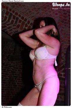 Erotisme Bruxelles Cureghem 2010 (16/37)