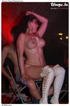 Erotisme Bruxelles Cureghem 2010 (4/37)