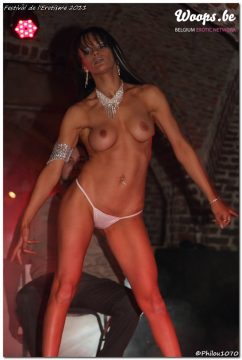Erotisme Bruxelles Cureghem 2011 (36/61)