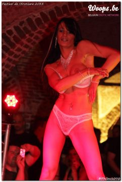 Erotisme Bruxelles Cureghem 2011 (34/51)
