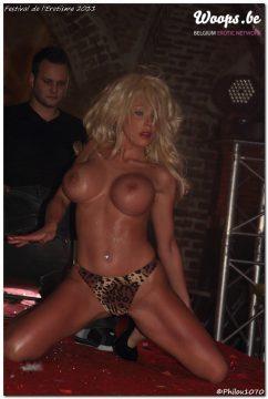 Erotisme Bruxelles Cureghem 2011 (8/60)