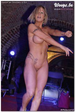 Erotisme Bruxelles Cureghem 2011 (16/35)