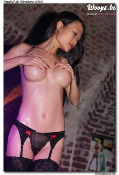 Erotisme Bruxelles Cureghem 2012 (32/33)